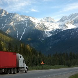 Things to Consider When Choosing LTL Freight Carrier